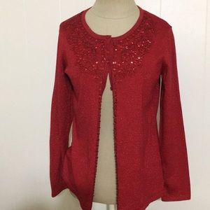Perfect for the holidays cardigan!